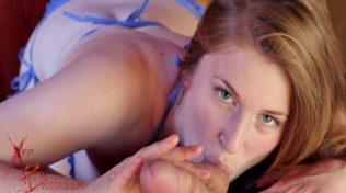 Xnxx pornosunda blowjops esnasında boşalıyor