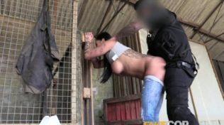Sahte Polis Çiftçi Kızı Sikti