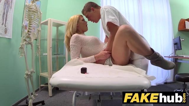 Hasta Kadına İlaç Gibi Seks
